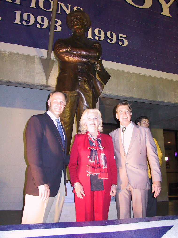 Tom's Wife and Son with Bob Summers at Texas Stadium